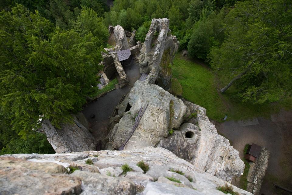 Ruins od castle Frýdštejn bohemian paradise